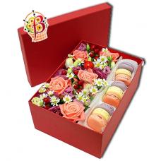 Цветы и Macarons в коробке №1