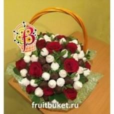 Розы и клубника в шоколаде